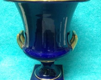 "Trenton Pottery Vase Urn 354 Cobalt With Gold 8"""