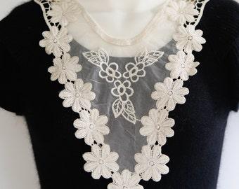 Ecru Floral Lace Applique with Mesh