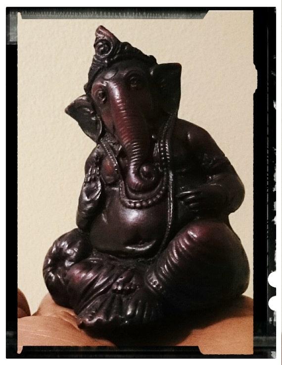 bunn hindu singles Hinduisme bøn hvordan beder de når hinduer beder, går de i templet det er et slags hus for guderne her findes et bllede eller state af en gud.