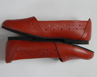 Soviet vintage Red Shoes EUR 37 Women Shoes Unused Retro Footwear Made in USSR in 1980 s
