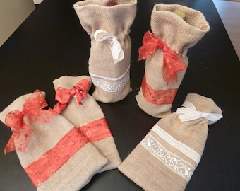 Handmade Burlap Wine Gift Bags/Totes for Wedding/Valentines/Shower/Birthday