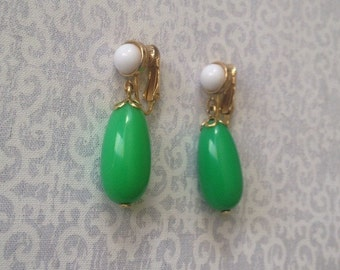 Vintage Avon gold tone green and white stone clip earrings