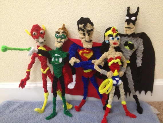 Pipe Cleaner Justice - STATUE M A R V E L S
