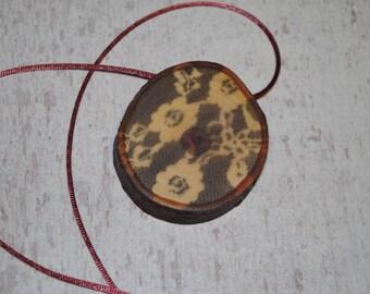 Wood  (plum tree) necklace, Black FLOWERS