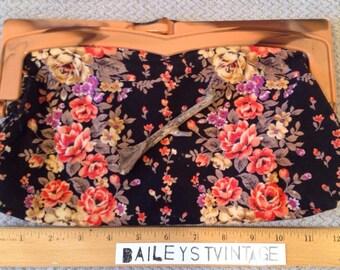 1980's Vintage Black Floral Clutch with Faux Wood Closure