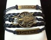 Wolf Dream Black Leather Bracelet