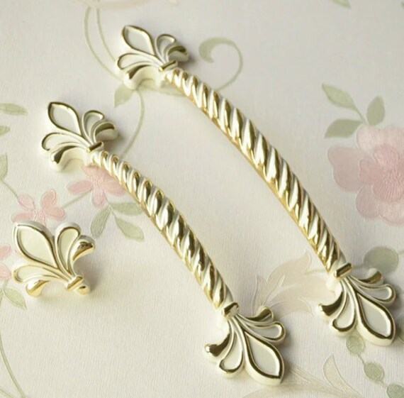 French Provincial Kitchen Door Handles: Shabby Chic Dresser Drawer Pulls Handles White Gold / French