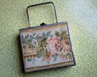 SALE!! was 32 now 25!!!  1950s Tyrolean Purse - Tapestry Handbag