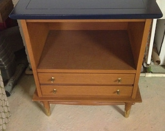 SOLD*****End table side table night stand
