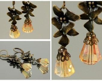orchid flower earrings,earrings with faceted glass, flower earrings,earrings antique bronze,dangle earrings,drops earrings