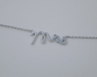 Silver Mrs Necklace