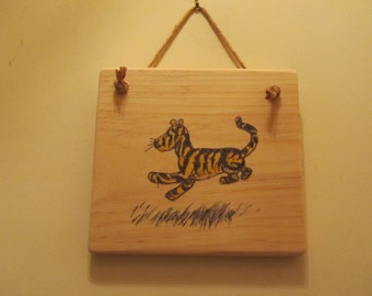 Winnie-the-Pooh Character Sign - Classic Pooh - Tigger
