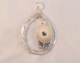 Ivory flower geode & butterfly wire wrapped pendant