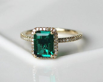 Halo Diamond Emerald Engagement Ring 14K Yellow Gold Emerald Ring/Vintage Anniversary Ring/Unique Wedding Ring Set/ Bridal Ring/Stackable
