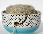 Knitting bowl – Large ceramic polka-dot wool bowl