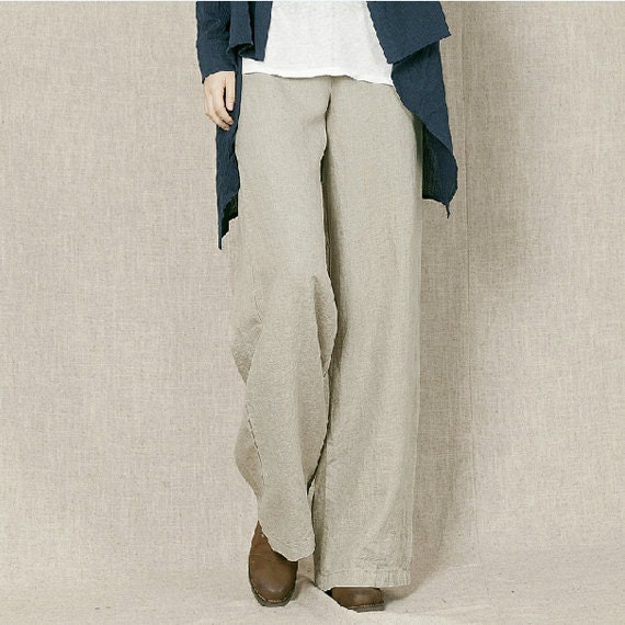 Petite Trousers Update your office look with our new season collection of women's petite trousers. Choose from petite wide leg trousers or bootleg styles for a flattering fit or opt for comfy stretch leggings in cord and jersey.