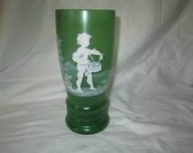 BEAUTIFUL Mary Gregory Vase Green Satin glass vase Beautiful detial and condition