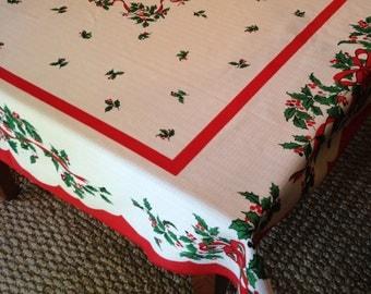 Retro Vintage 70s Christmas Tablecloth 60 x 76 Mi670