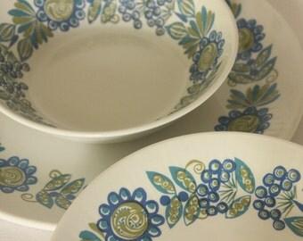 Vintage dish and bowl set Tor Viking