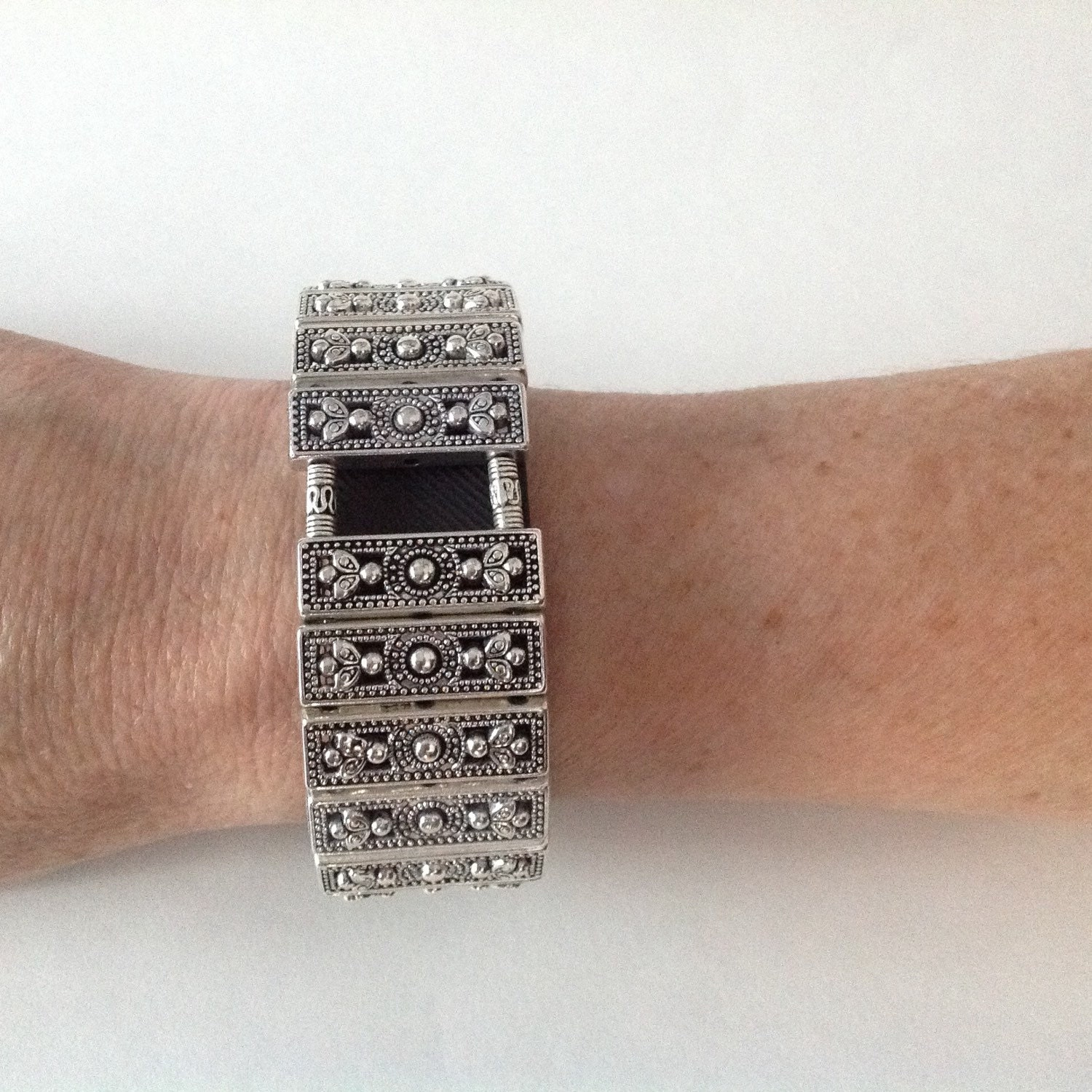 fitbit charge bracelet and fitbit charge hr bracelet silver
