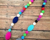 Teething Necklace for Mom, Silicone Teething Nursing Necklace, BPA Free, Nursing Moms, Teething babies, Teething necklaces to wear,