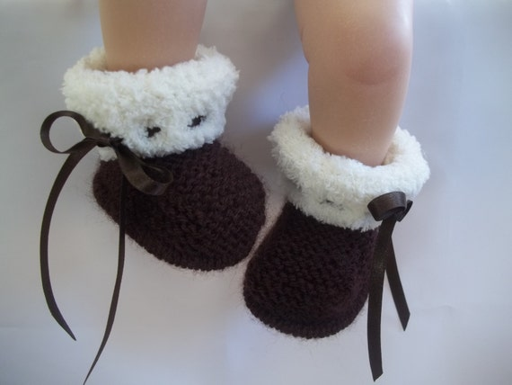 Girls Knitted Hat Pattern : Knitting Pattern instant download for baby ugg style