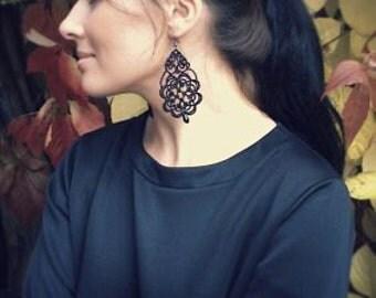 Black lace earrings, black earrings with black beads, tatted earrings, tatting jewelry, statement jewelry