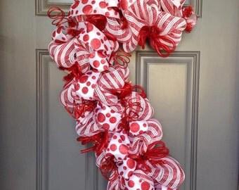 Candy Cane Wreath, Christmas Wreath, Peppermint Wreath, Red White Stripe Wreath