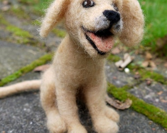 Pet portrait. Needle felted dog. Felt animal. Felted pet. Needle felt pet. Woolfelt dog. Labrador dog. Wool animal. Soft sculpture dog.