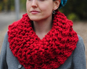 Outlander cowl, Hand knit cowl, red cowl, snood scarf, gift for her, Christmas gift, accessories