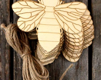 10 x Wooden Bee with Detail Craft Shape