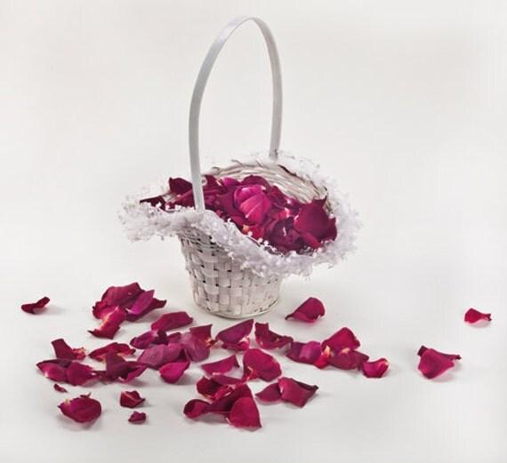 Panier de fille de fleur rustique