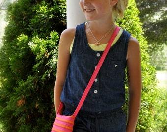 ZYPSAC Girls Transforming Zip Bag