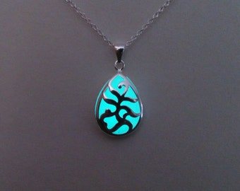 Glowing Necklace - Christmas gift - Wife Gift - Aqua Glow in the Dark Jewelry -  Mothers Day - Glow Necklace - Jewelry - Gifts for Her