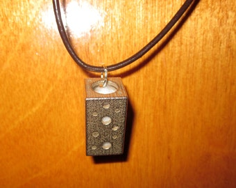 3-D Printed Stainless Steel Aromatherapy Diffuser Necklace with 1ml Essential Oil Sample