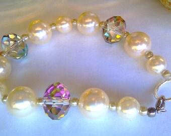 Pearl Bracelet Swarovski Crystal Beaded Bracelet Pearl Jewelry Beaded Jewelry Crystal Jewelry Beaded Bracelets Bridesmaid Gift Glass Beads