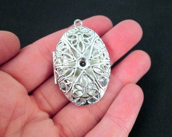Large Oval Filigree Lockets, Slight Seconds Sale, Silver Plated, Pick your Amount, D2