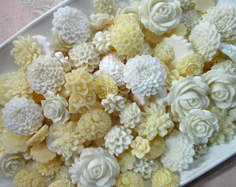 25pc. white, ivory and cream flower cabochon mix,  cute grab bag of roses, mums etc...