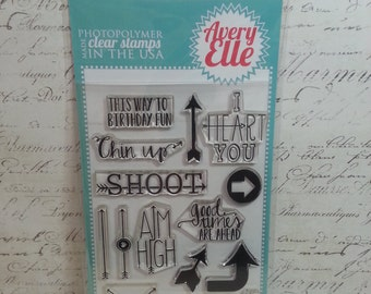 Avery Elle Clear Photopolymer Rubber Stamp Set - Aim High
