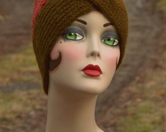 Lagelle's olive leaf/red java handknit merino wool Turban Cloche