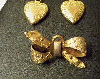 Gold Heart Earrings & Gold Bow Brooch Set Vintage Gold Etched Ribbon Bow Pin and Gold Etched Hearts with Ribbon Bow Earrings Gifts for Women