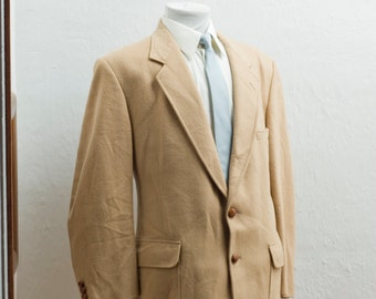 Men's Blazer / Camel Hair Jacket / Size 46S / XL Vintage / The Argyle Shop