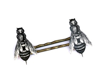 Bee Hair Pins, Bee Hair Jewelry, Bee Barrettes, Bee Hair Accessory, Bride Hair Pins, Garden Hair Pins, Insect Hair Pins, Bee Bobby Pins