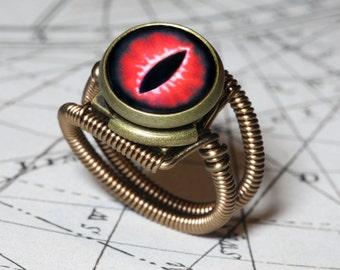 Eye ring, Red Eye, Dragon eye, Lizard eyeball, Snake eye, Steampunk ring, Bronze, Catherinette Rings