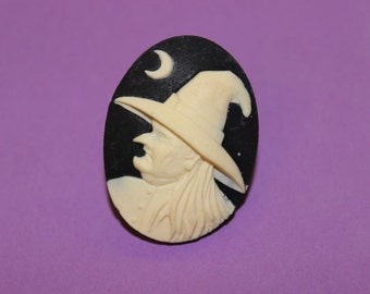 Large Black Witch Cameo Ring