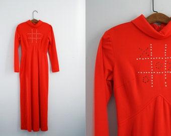 vintage 70s X & Os Tic Tac Toe Board Game Novelty Halloween Costume Maxi Dress Blood Orange Costume S M