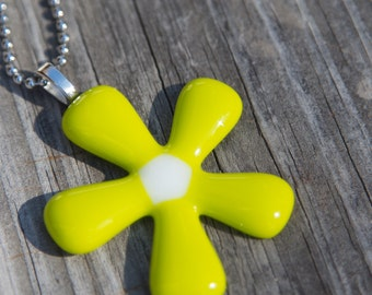 Fused Glass Pendant - Groovy Flower - lemongrass