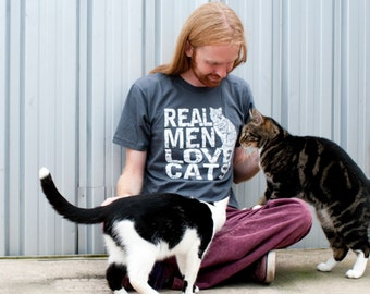 Cat shirt, Real Men Love Cats, funny tshirts, American Apparel, boyfriend tshirt, gifts for him, cats, original rctees, mens graphic tee