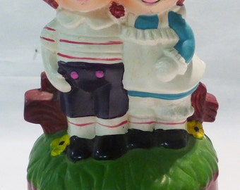 Raggedy Ann and Andy music box vintage