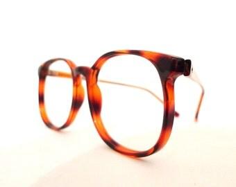 Vintage NOS Big Round Eye Frames / Faux Tortoise Pattern . 1980s Windsor Sunglasses/ Prep Eyeglasses/ Bug Eye. Panto